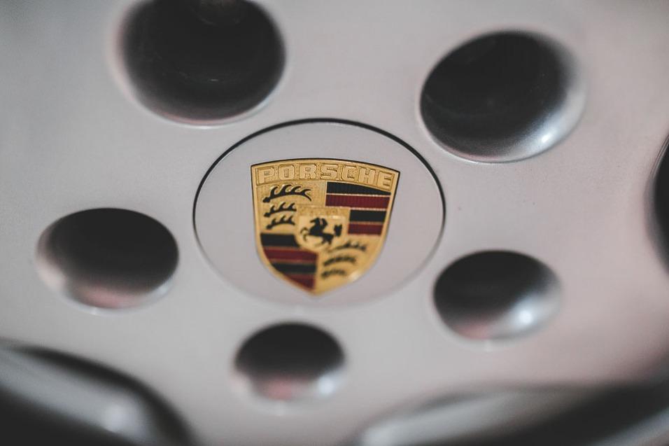 1991 Porsche 964 Turbo RHD (33 of 65)