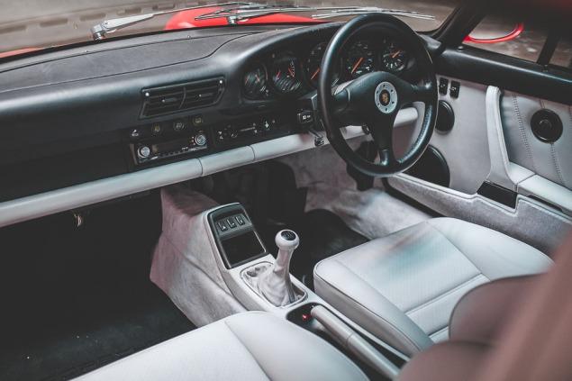 1991 Porsche 964 Turbo RHD (35 of 65)