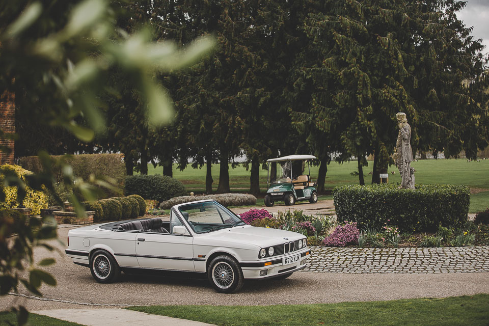 BMW 320i Convertible e30 for sale (2 of 69)