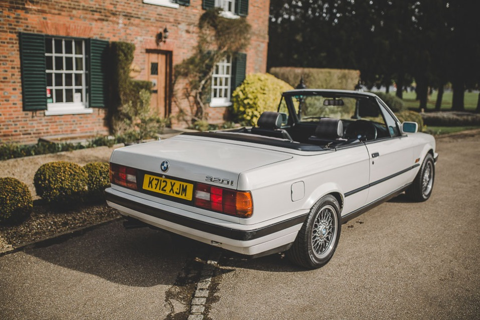 BMW 320i Convertible e30 for sale (21 of 69)