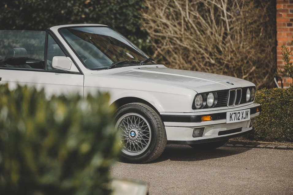 BMW 320i Convertible e30 for sale (22 of 69)