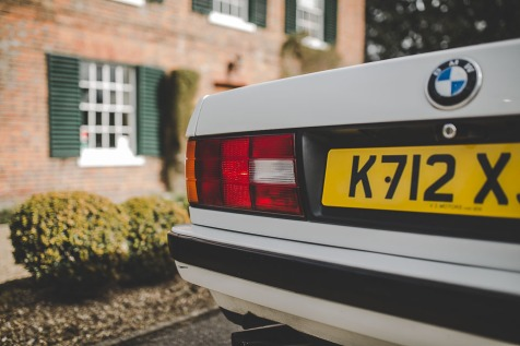 BMW 320i Convertible e30 for sale (46 of 69)