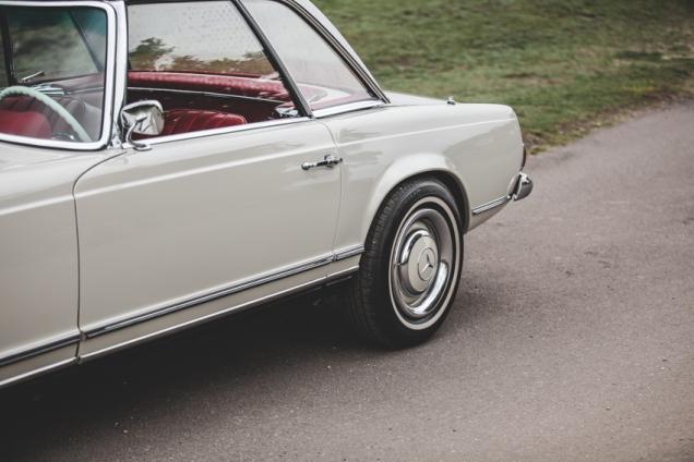 Mercedes 230SL Pagoda 1966 (69 of 127)