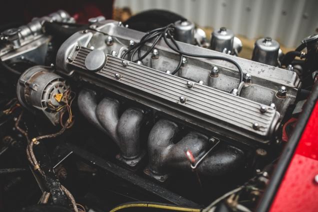Jaguar e-Type 4.2 Series 2 1970 (71 of 80)