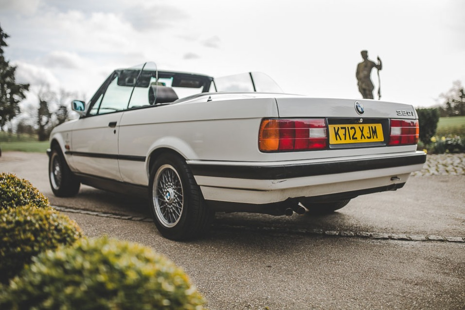 BMW 320i Convertible e30 for sale (15 of 69)