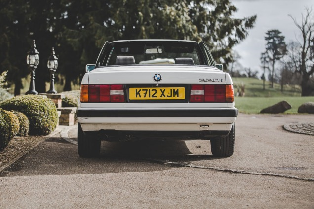 BMW 320i Convertible e30 for sale (13 of 69)